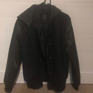 Other - Men's Black jacket with leather sleeves